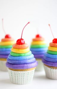 cupcakes arc-en-ciel